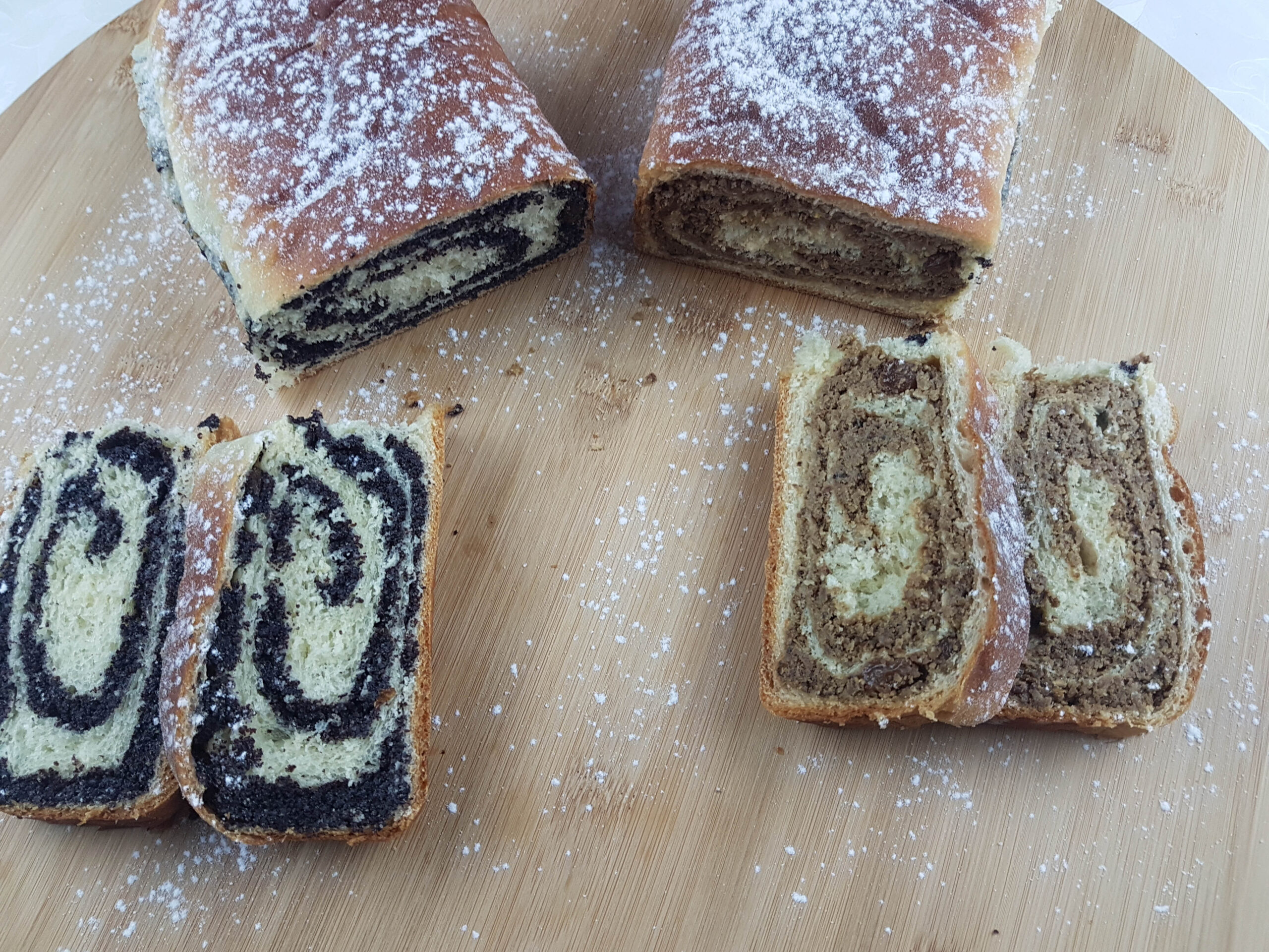 raised cake with poppy seeds and walnuts