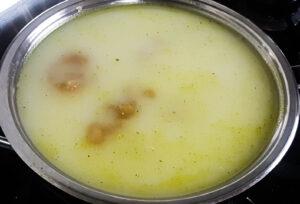 poached chicken breast in coconut milk